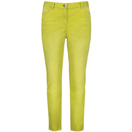 Betty Jeans in frischem Limetten-Gelb